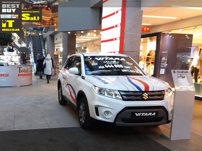 Exposition of Suzuki Vitara car in TC Passage
