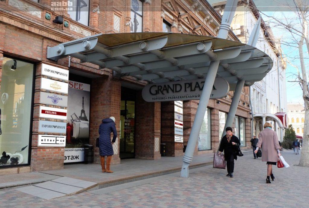 Реклама на лайтбоксах ТРЦ Grand Plaza Дніпро