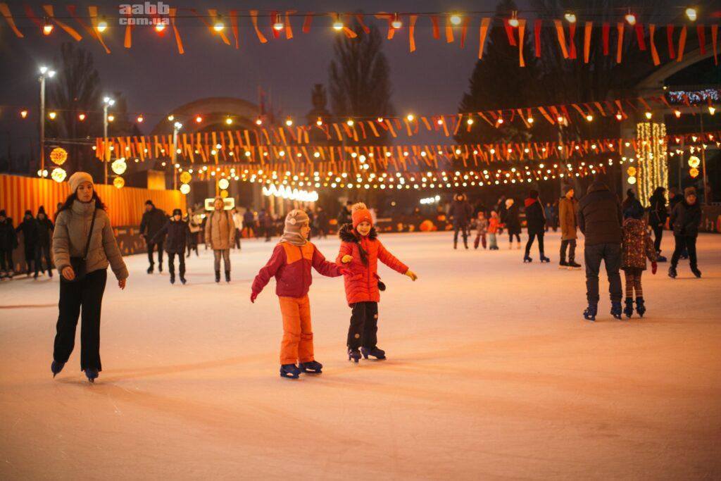Реклама на ВДНГ на Новий рік Київ